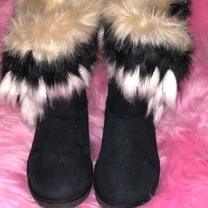 Faux Fur Fringe Short Boots